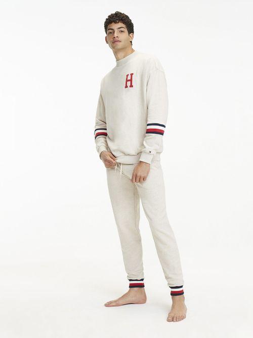 Pantalon-con-Cinta-Distintiva