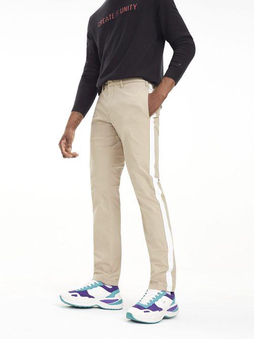 Pantalon-Chino-Lewis-Hamilton-con-Raya-A-contraste---tienda-en-linea-Tommy-Hilfiger-Mexico