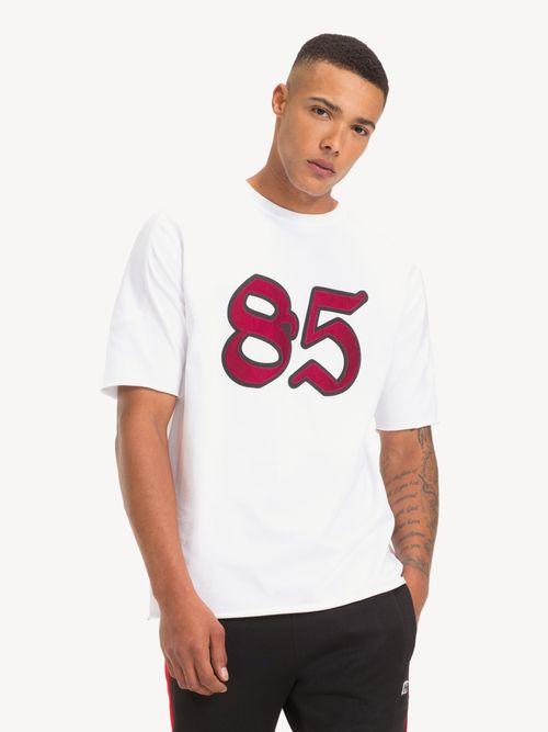 Lewis-Hamilton-85-Logo-Tee---tienda-en-linea-Tommy-Hilfiger-Mexico