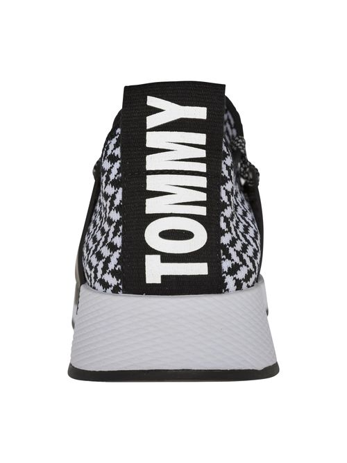 Tenis-deportivos-Tommy-Hilfiger