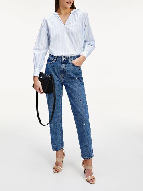 Jeans-rectos-con-logos-bordados-Tommy-Hilfiger