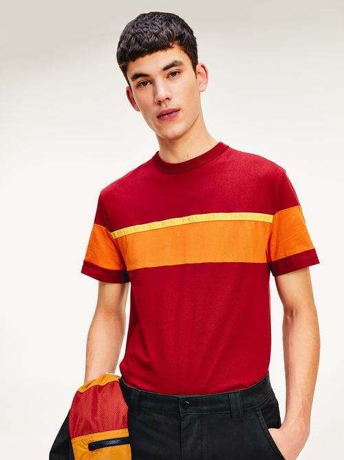 PLAYERA-COLOR-BLOCK-DE-ALGODON-ORGANICO-Tommy-Hilfiger