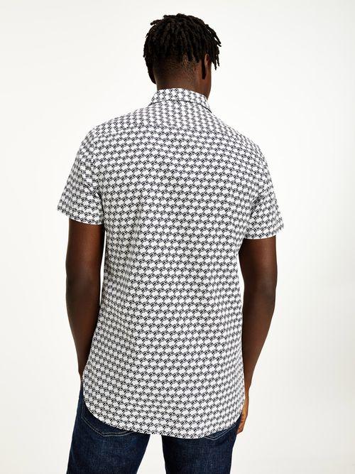 Camisa-de-manga-corta-con-logos-Tommy-Hilfiger