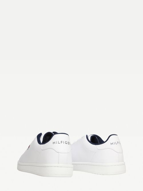 Tenis-casuales-con-logo-Tommy-Hilfiger