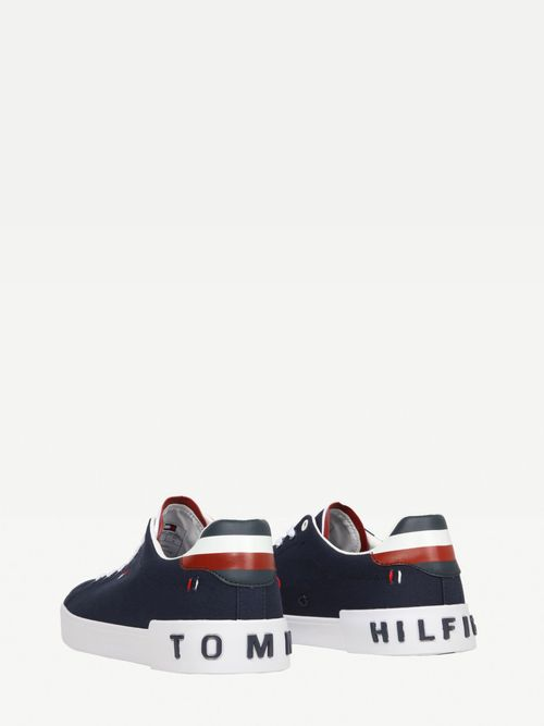 Tenis-causales-basicos-Tommy-Hilfiger