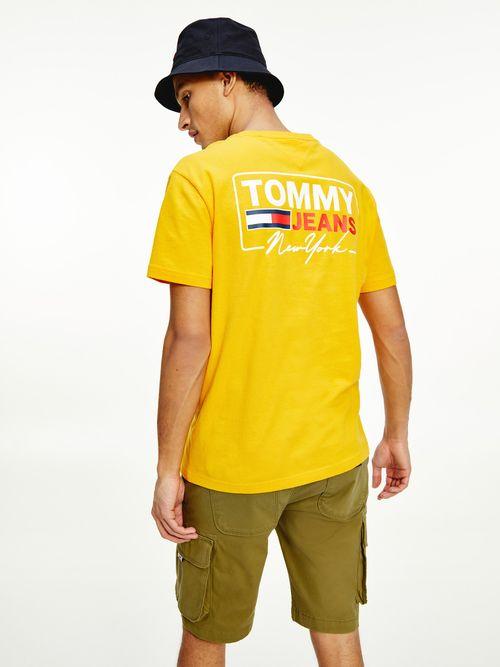 Playera-suave-de-algodon-organico-con-logo-Tommy-Hilfiger