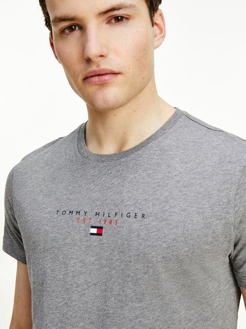 Playera-Essential-con-logo-estampado-Tommy-Hilfiger