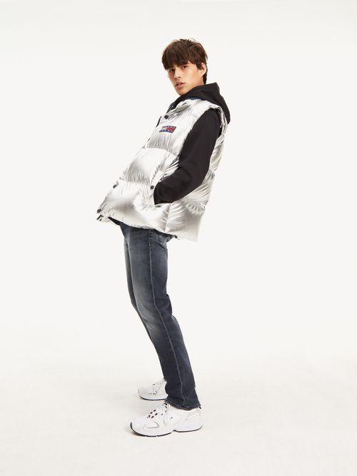 Jeans-Ryan-de-corte-recto-y-efecto-desteñido-Tommy-Hilfiger