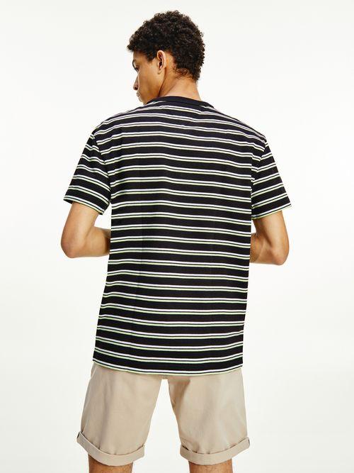 Playera-con-diseño-de-rayas-bicolor-Tommy-Hilfiger