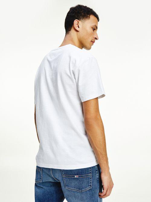 Playera-con-inscripcion-de-Tommy-Jeans-Tommy-Hilfiger