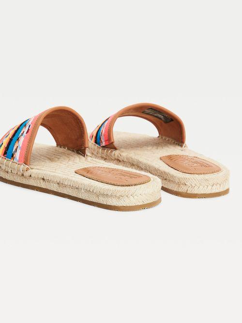 Sandalias-planas-con-cordones-de-colores-Tommy-Hilfiger