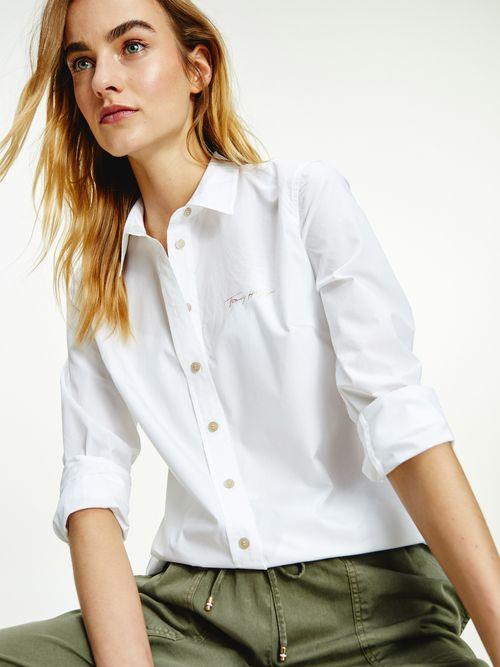 Camisa-de-popelin-con-logo-bordado-Tommy-Hilfiger