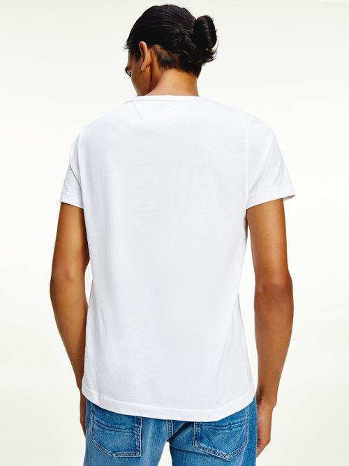 Camiseta-con-cinta-distintiva-Tommy-Hilfiger