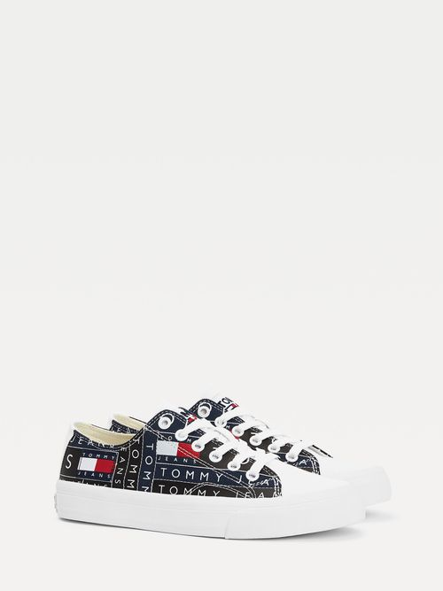 Zapatillas-bajas-con-logos-estampados-Tommy-Hilfiger
