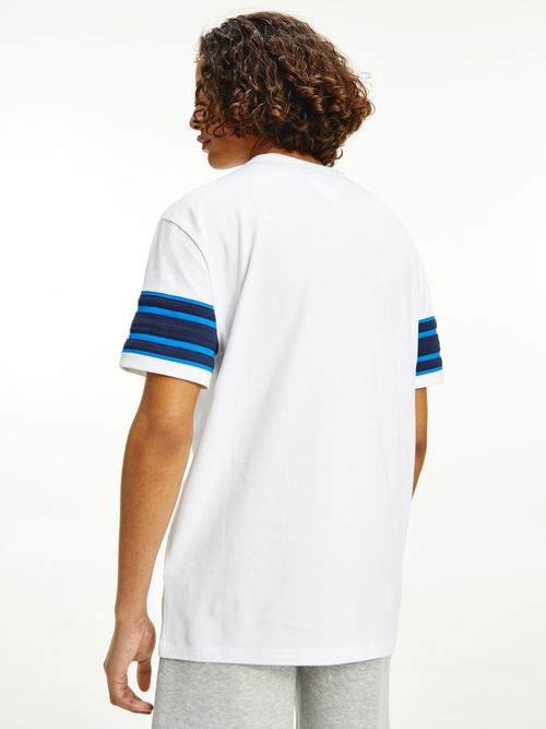 Camiseta-con-rayas-a-contraste-Tommy-Hilfiger