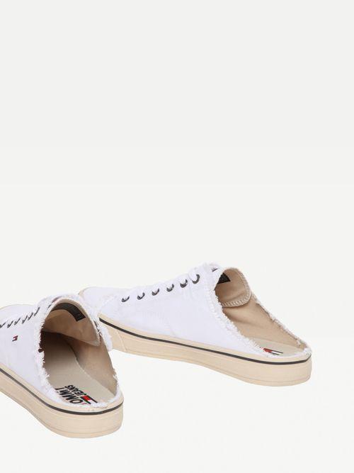 Zapatos-con-diseño-en-los-bordes-Tommy-Hilfiger