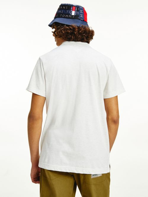 Polo-con-logo-en-el-cuello-Tommy-Hilfiger