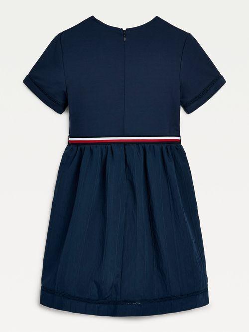 Vestido-de-manga-corta-con-bordados-para-niña-Tommy-Hilfiger
