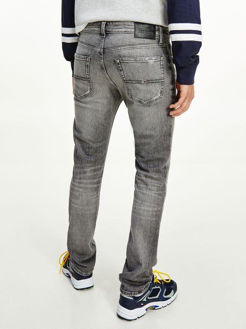 Jeans-Scanton-ajustados-en-negro-con-efecto-desgastado-Tommy-Hilfiger